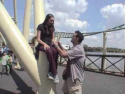 Robb Alvey proposing to Elissa White at Thorpe Park.