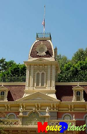 Disneyland's City Hall, with the flag at half-staff last week