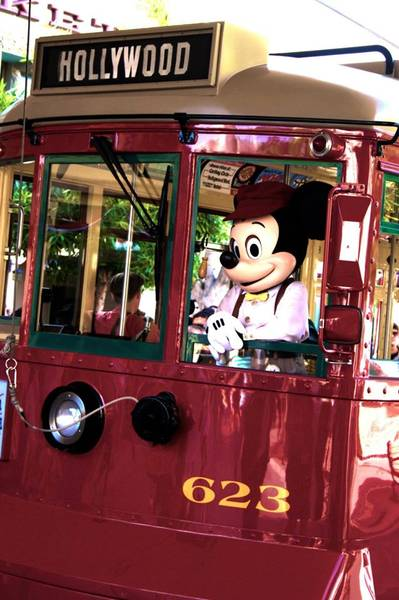 Mickey going to Hollywood